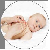 La fisioterapia respiratoria es la mejor manera de solucionar la bronquiolitis infantil. Este problema en los bebés supone una gran preocupación para los padres.